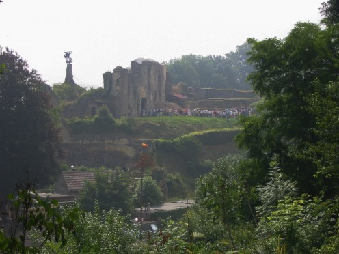 Tourists quueing at the castle of Valkenburg aan de Geul