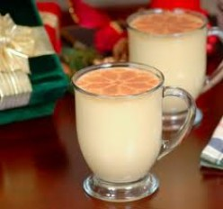 Homemade Holiday Egg Nog for Your Celebrations