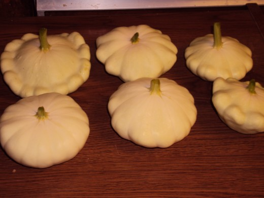 The patty pan squash on display.