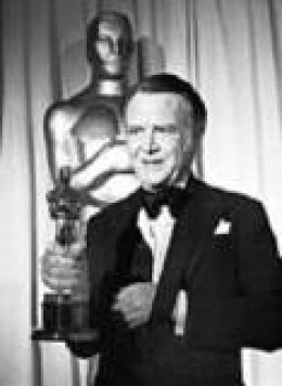 John Mills collected an Oscar for his role as the village idiot, Michael.
