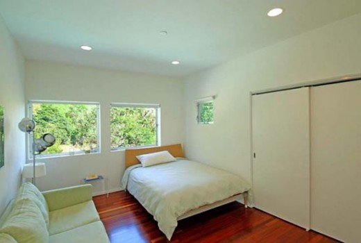 A beautiful guest room.