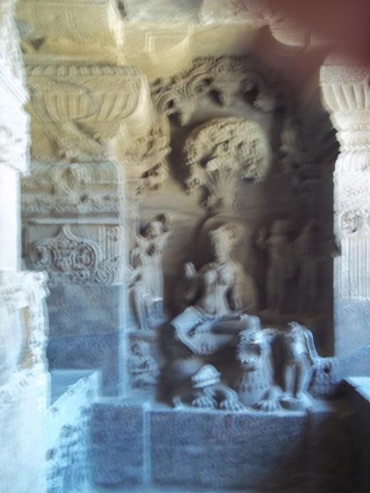 Siddayini yakshi,Ellora cave