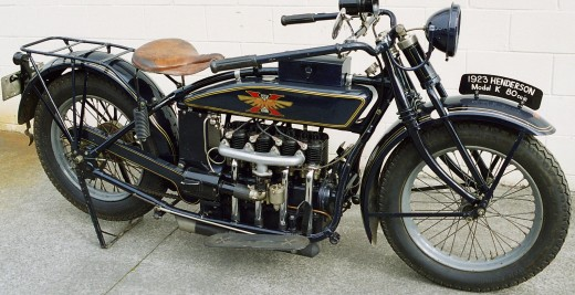 The 1923 Henderson Four engine layout foreshadowed the design of the Rocket III.