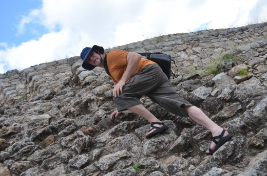 Kinich Kak Mo - Izamal's most impressive Mayan ruin. If you're climbing, be careful! My father's GIANT hat should act as a parachute should he fall.