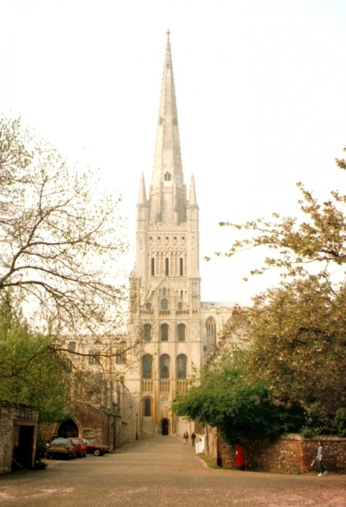 Tower & spire of Norwich Cathedral