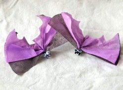 cute halloween craft clothespin and coffee filter bats