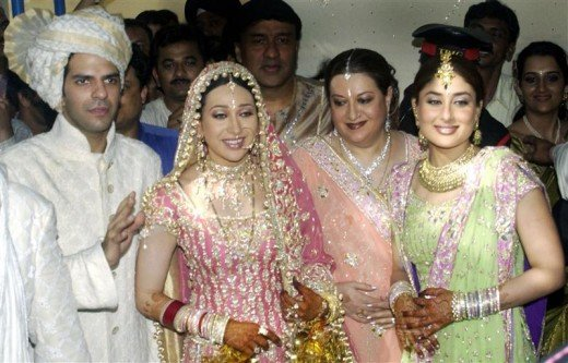Kareena Kapoor at marriage of sister Karishma Kapoor
