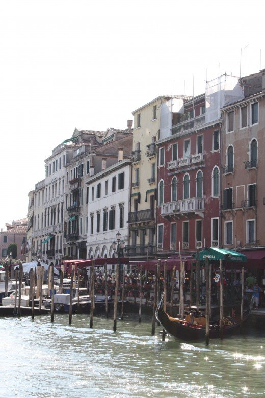 Hotels and Resturants on the Grand Canal