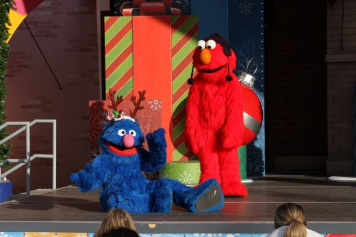 Holiday show at Sesame Place with Sesame Street characters