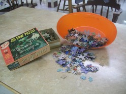 elder activities; jig-saw puzzle crafts/what to do when the pieces are missing/christmas wreath