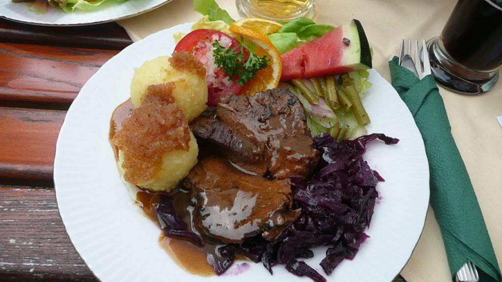 german food beef pot roast sauerbraten. Black Bedroom Furniture Sets. Home Design Ideas