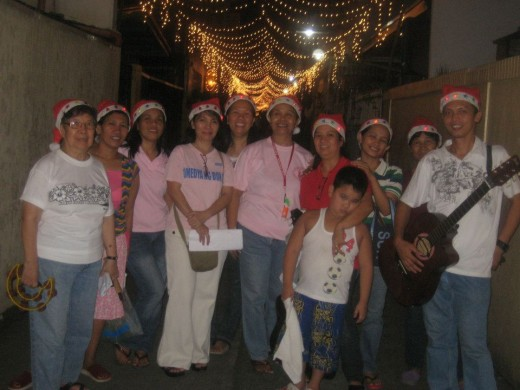 Last night of caroling, Dec. 13th, 2011 (Photo by Travel Man)