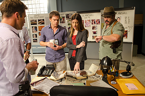 "Hall and Carpenter try to catch another serial killer on ""Dexter."""