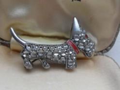 Adorable 1950s Scottie Dog brooch.