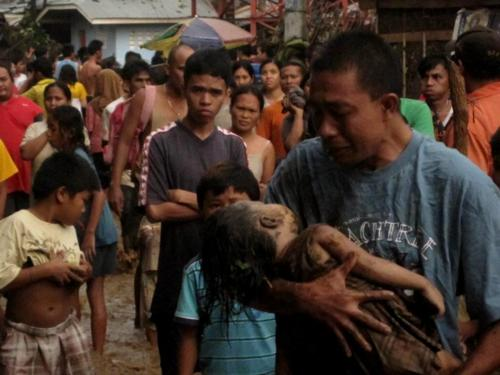This image by twitter user Mindanaoan silenced many that are in doubt on the extent of destruction brought by Typhoon Sendong.