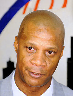 Darryl Strawberry given one-year suspension -- Simmons/News Photo