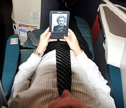 Best Way to Read on a Flight - e-Reader or Hard Copy Print?