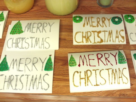 Glitter glue can be used to make a large variety of handmade Christmas cards.