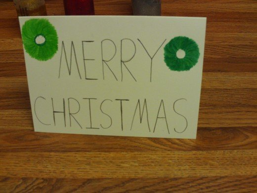 I drew two wreaths on this card.