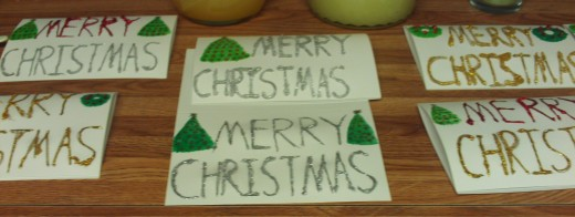 Another closeup of my favorite glittery cards, the silver Christmas tree ones.