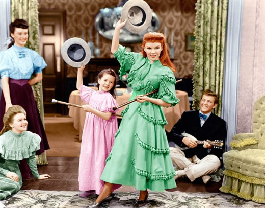 Margaret O'Brien and Judy Garland