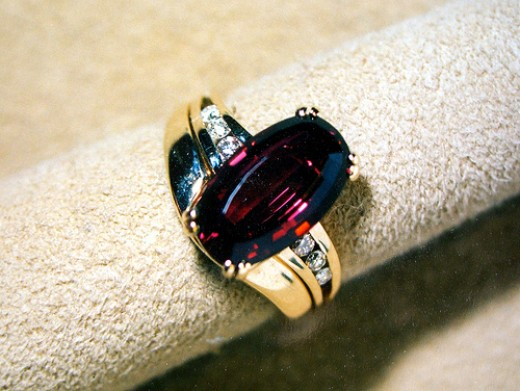 January Birthstone: Garnet Ring
