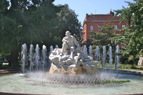 The fountain in Wilson Square in Toulouse
