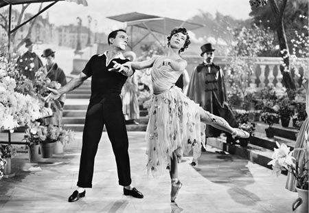 Gene Kelly and Lesley Caron in 'An American in Paris', 1951