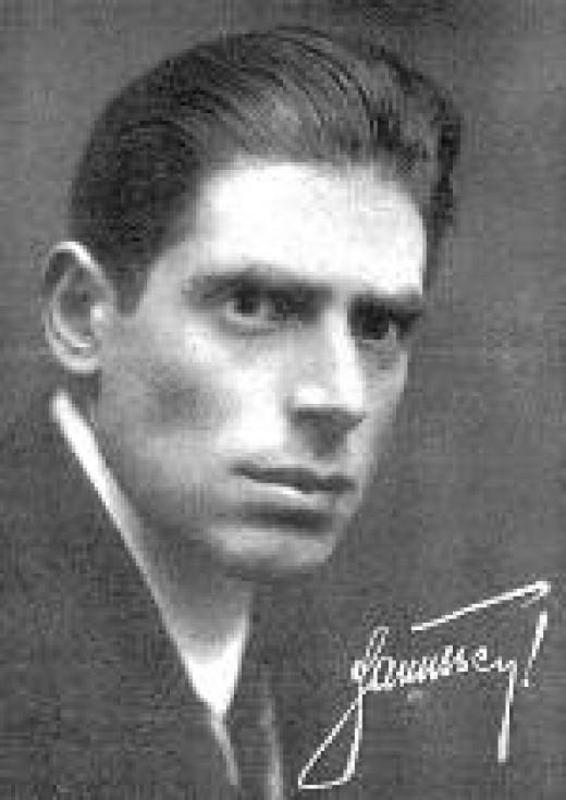 Erik Jan Hanussen, Hitler's Jewish Psychic. (1889 – 1933) Born in Vienna, Austria. Stage name of Hermann Steinschneider. Famous pro pseudo-psychic (telepath, muscle-reader, prophet, etc).