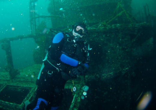 Gary exploring the largest artificial reef in the world!  The aircraft carrier, Oriskany.