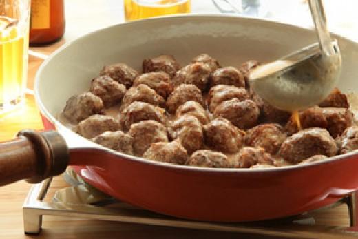 Swedish Meatballs in Gravy
