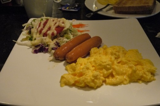 No breakfast buffet at the Fusion Suites but this egg set was quite delicious!