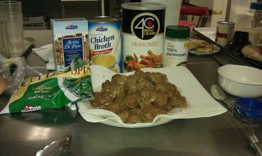 A pic of the meatballs that I baked.