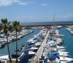Why holiday-makers choose Puerto Colon in Tenerife in the Canary Islands