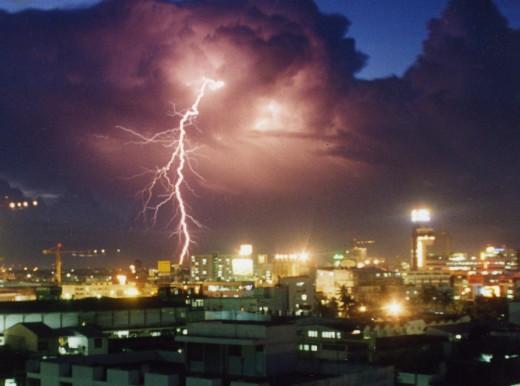 Lightning flash - long exposure