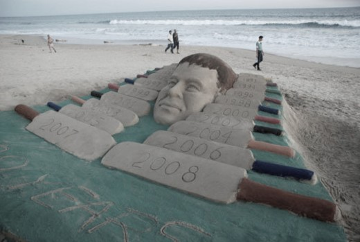 Sachin Tendulkar completed 20 years of international cricket and a sand sculpture in this respect.