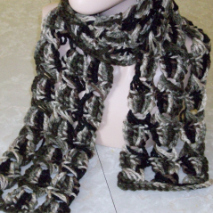 Broomstick Lace Chunky Crochet Scarf