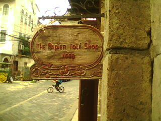 The signage of The Papier Tole Shop (Photo by Travel Man)