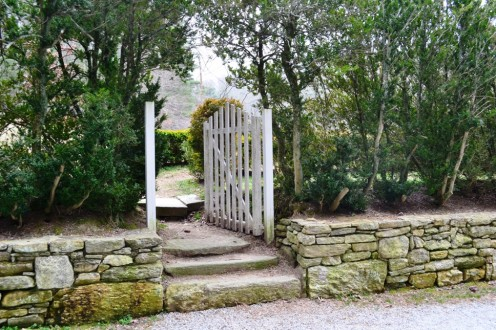 "I named this ""A Gate of Inspiration"" located on the Carl Sandburg Estate. Walk through it with me."