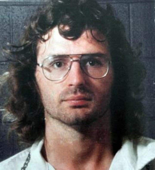 David Koresh, Founder of the Branch Davidians declared that he was the Messiah and convinced many of his followers to open fire on Federal Agents, which resulted in their unfortunate deaths.
