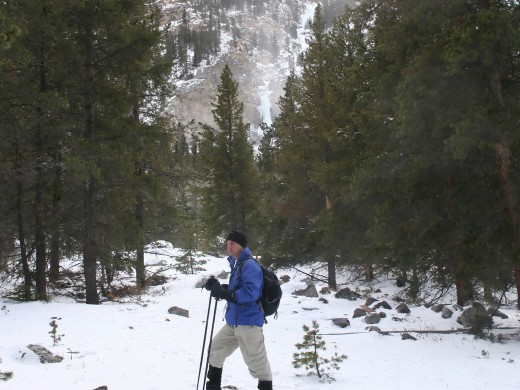 Mountain snowshoeing