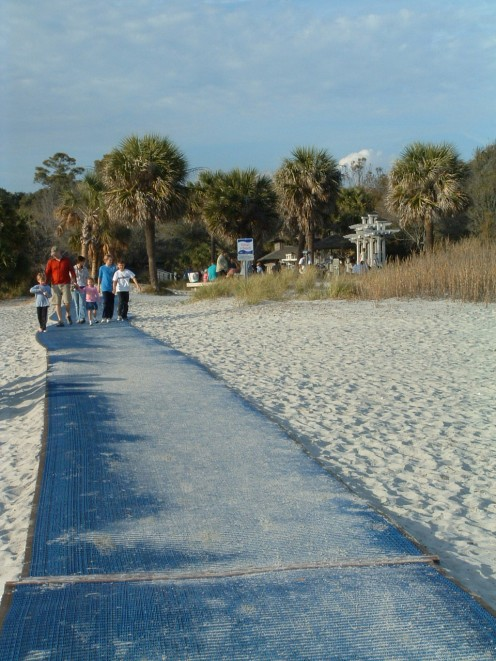 Matting at entrance to beach is easy to walk on and provides access for those who are handicapped or in wheelchairs.