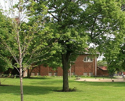 Jefferson Park, the park, with a view of the fieldhouse designed by Clarence Hatzfeld.