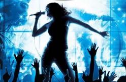 3 Benefits of Going Karaoke