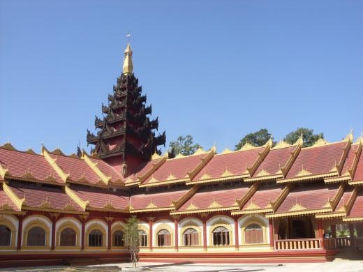 Phra Jow La Keng, Buddhist temple in Tachilek, Myanmar