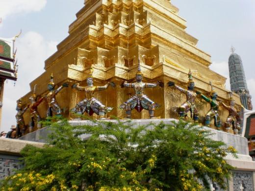 A hallmark Thai image. Pictures of Bangkok, Wat Phra Kaew Buddist Temple in Bangkok, Thailand.