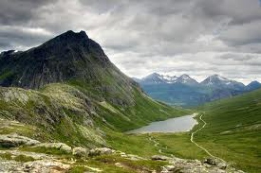 Origins - Hrolf's father was Jarl of Moere in Western Norway, who had also established the earldom of Orkney