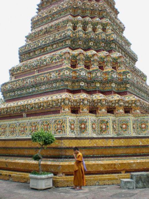 Thailand Pictures: Beautiful mosaic stupa in Buddhist Temple of Wat Pho, Bangkok.