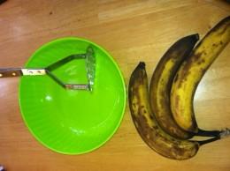 Masher, Bowl, 3-4 Ripe Bananas