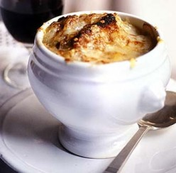 A Recipe For French Onion Soup Made In A Single Pot In Under An Hour And Tastes Amazing.